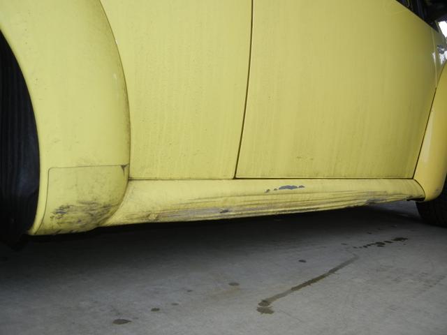 車のタイヤがパンクする原因は何?パンクの主な4 …